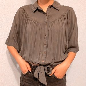 Free People olive blouse blouse w/ tie